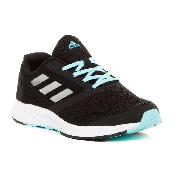 le adidas mana racer atletico scarpe poshmark